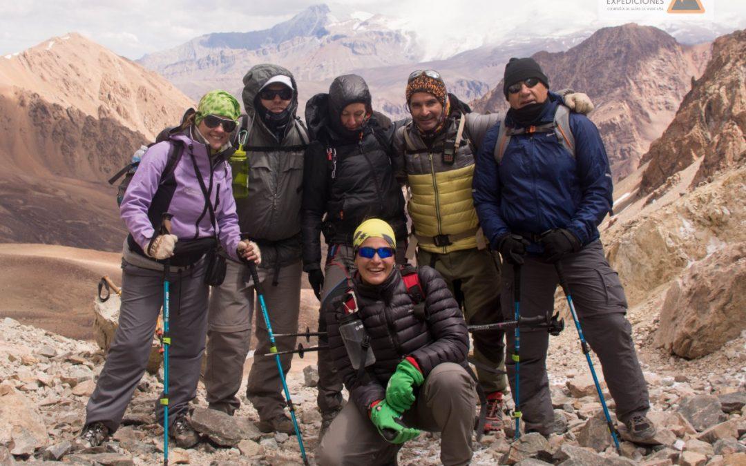 Vestimenta,  y equipo para el trekking Cruce de los Andes